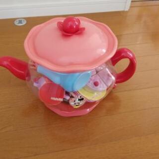 ミッキー おままごとセット ティータイム ティーカップ フォーク スプーンの画像