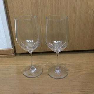 ガラスと見間違う様な、絶対割れないワイングラス