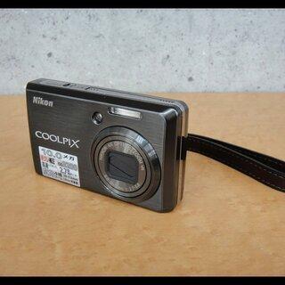 美品 ニコン COOLPIX S600 バッテリー2個 デジタル...
