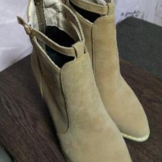新品!未使用のブーツ