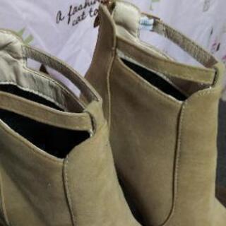 新品!未使用のブーツ - 靴/バッグ