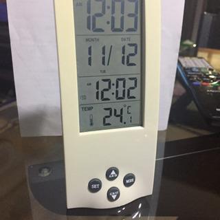 アラーム付き置き時計 気温も出ます