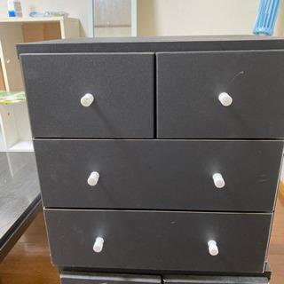 小物の収納家具、黒、2つまとめてお願いします。