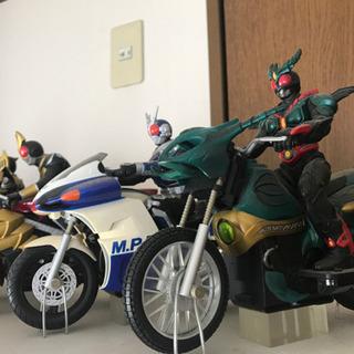 【非売品】仮面ライダーバイク 7台セットの画像