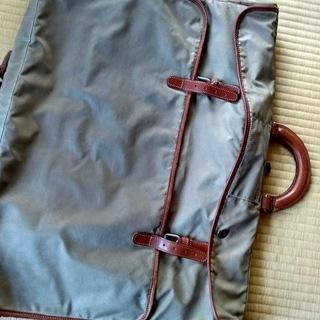 USED スーツバッグ