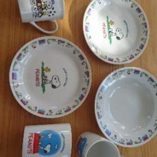 値下げ【未使用品】【レア】スヌーピー 食器 カップ 皿 セット