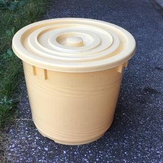 プラスチック製 樽 中古 【差し上げます】