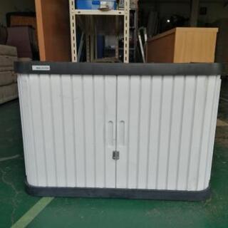 SK 67  屋外用収納ロッカー