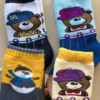 可愛いクマ/雪だるまの子供靴下(未開封新品)