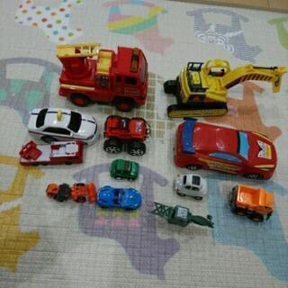 車のおもちゃ いろいろ