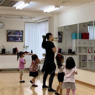 英語でダンス 3.4歳クラス