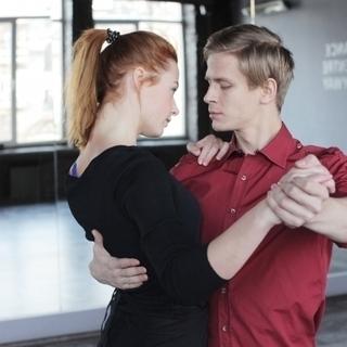 社交ダンス オーダーメイドのグループレッスン