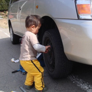 街の便利屋さん!タイヤ交換致します!お問い合わせください!