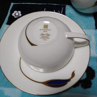 GIVENCHYティーカップ【美品】 − 滋賀県