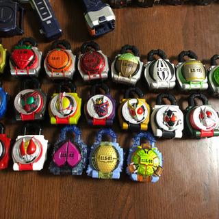 仮面ライダー鎧武  DX戦極ドライバー&DX無双セイバー&ロックシード - 東大阪市