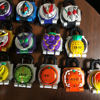 仮面ライダー鎧武  DX戦極ドライバー&DX無双セイバー&ロックシード - おもちゃ