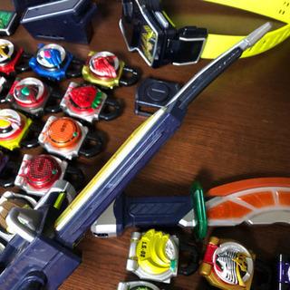 仮面ライダー鎧武  DX戦極ドライバー&DX無双セイバー&ロックシード - 売ります・あげます