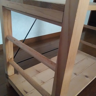 値下げしました! 天然木本棚 - 家具