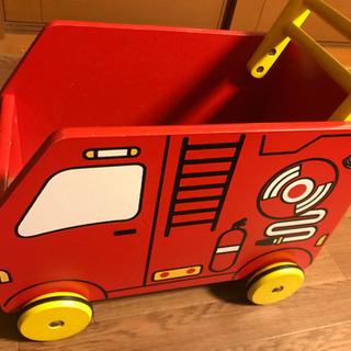 タイヤ付き🚗 おもちゃ箱 消防車🚒