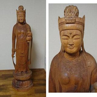 c385 木彫り 仏像 観音様 森近 作  彫刻 細密彫刻 仏教美術