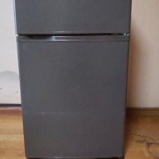 中古冷蔵庫(三洋電機、2002年製造)