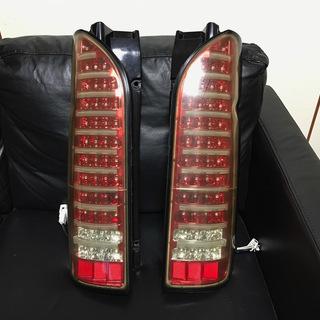 ハイエース 200系 クリア/レッドクローム LEDテールランプ...