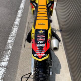 モトクロス レーサー RMZ250