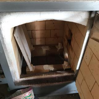 陶芸用の窯  釜用のボイラー 土をこねる機械