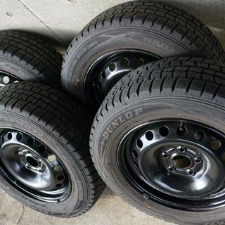 ルノーカングー 純正 ホイール と スタッドレスタイヤ 4本セット