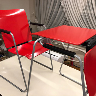 【中古品】SEATTABLE シートテーブル 2脚 赤色