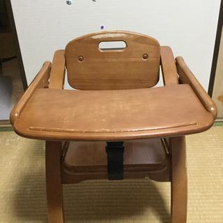【受取りに来ていただける方限定】テーブル付き 木製 ベビーローチェア
