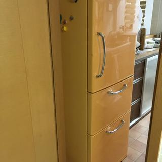 かわいい冷蔵庫、食器棚セット