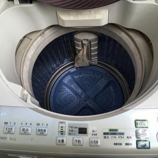 シャープの洗濯機、中古です。