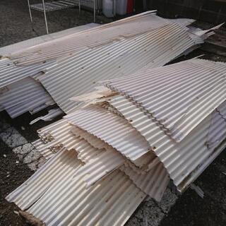 🌻0円 解体の材木、コンパネ、垂木、廃材、LED蛍光灯、無料であげます