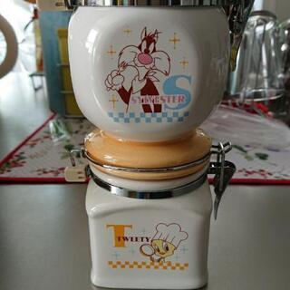 陶器の容器 2個