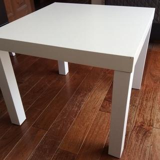 白テーブル  IKEA
