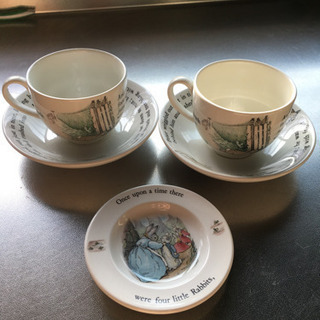 ピーターラビットのカップ&ソーサー&小皿