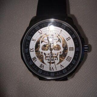激安。新品。委託品。裏表大人気の骸骨柄❢自動巻き腕時計。