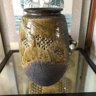 壺 花瓶 二色 花