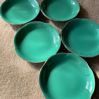 グリーン色の小皿5点セット