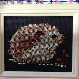 ハリネズミの刺繍画、お譲りします。