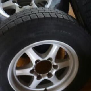 バリ山貨物・冬タイヤ★キャラバンやハイエースなどの貨物車に対応。