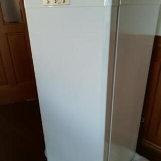 三菱冷凍庫121L
