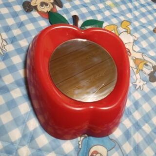 りんごの形の鏡