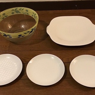[ウェッジウッド] 白皿 / [フッチェンロイター] サラダボウ...