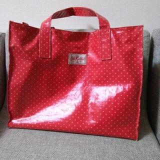 【無料】キャスキッドソン バッグ 赤色 ドット柄