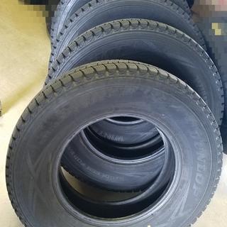 《値下げ》① バリ山冬タイヤ ダンロップ DSV-01 195/...