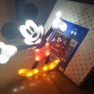 ミッキーマウスのイルミネーション