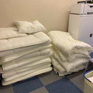 掛け布団、敷布団、枕、無料でお譲り致します。