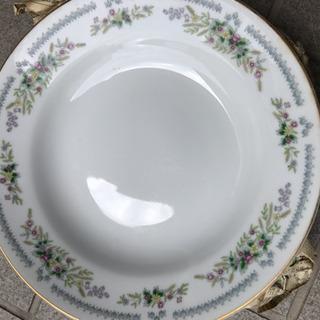 深めで大きめのお皿・5枚セット【未使用品】